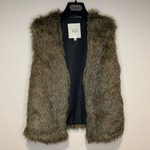 B.B. Dakota Jack Faux Fur Vest Size Small